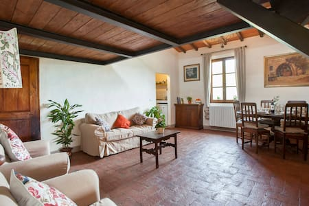 Chianti apartment with pool - Montefiridolfi