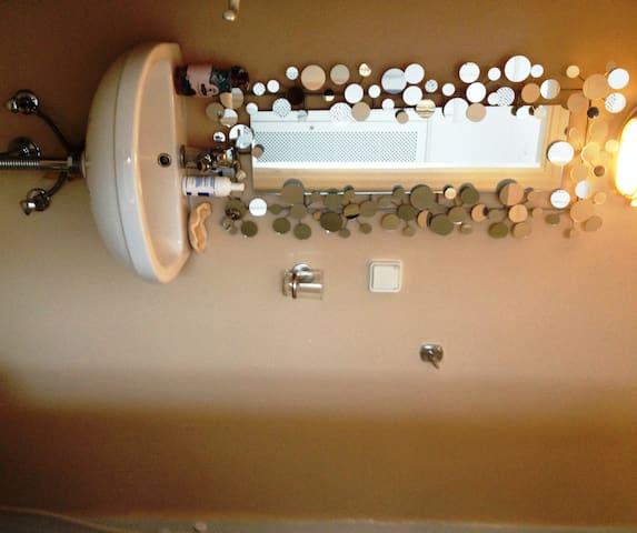 2 - dettaglio del bagno