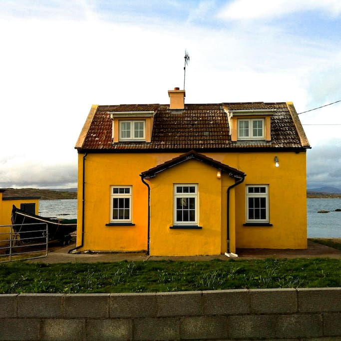 This is the house in April 2014 when we stayed there for a week and took out the curragh for a few beautiful days on the water.