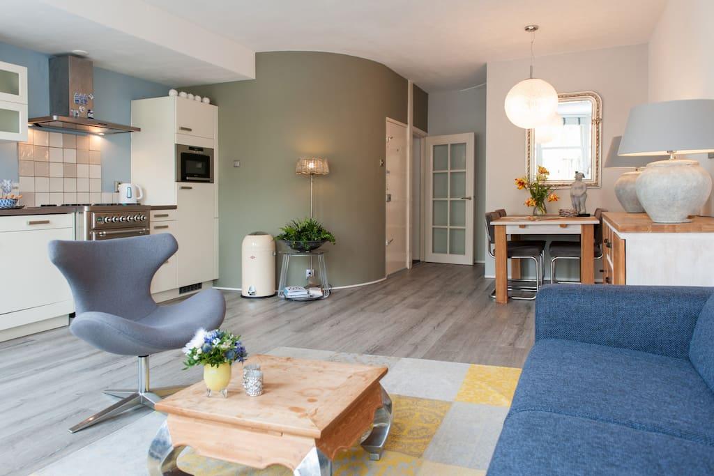 cozy livingroom with big flatscreen television