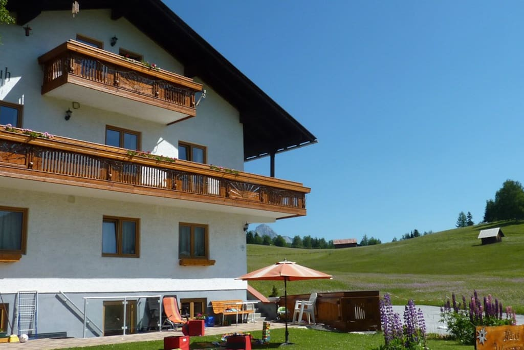 Haus Wiesenruh set in the meadows yet close to the village