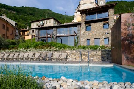 stunning lake view, pool, giallo ap - Perledo