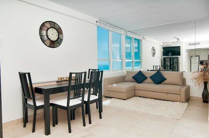 Ocean View,Castle Beach,Miami Beach - Miami Beach - Apartamento