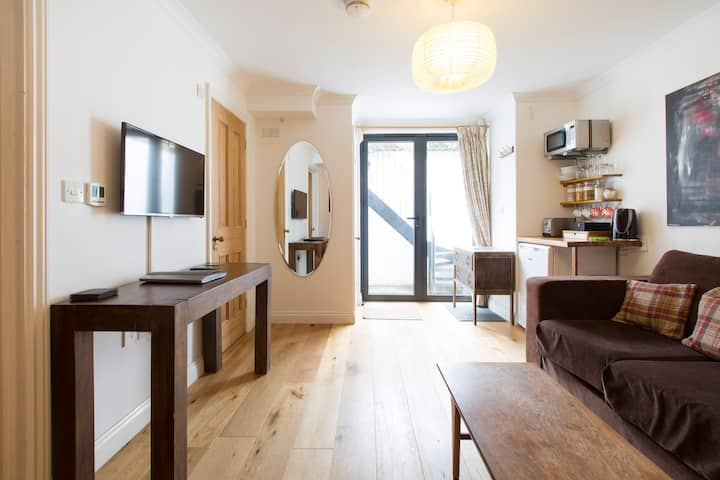 Studio Flat in a Victorian House, Jericho, Oxford