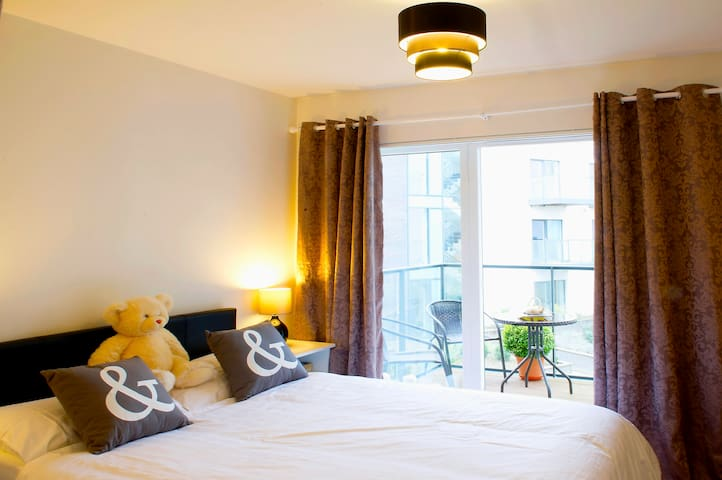 Great double room,Dublin - Dolphins Barn - Apartamento