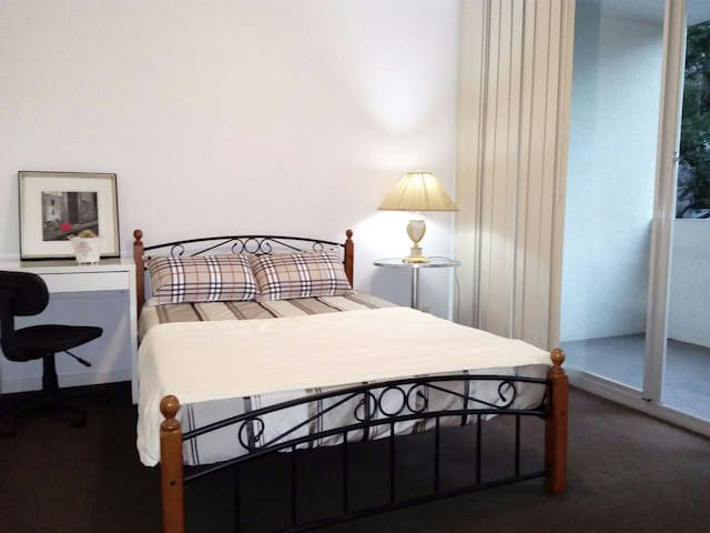 Convenient Ultimo 2-bed - Minutes from the CBD! - Ultimo - Wohnung