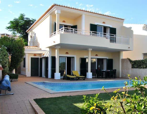 VILLA w SEA VIEW + PRIV POOL + WiFi - Luz - House