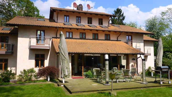 500 sqm luxury villa • sleeps 12 • Hamburg