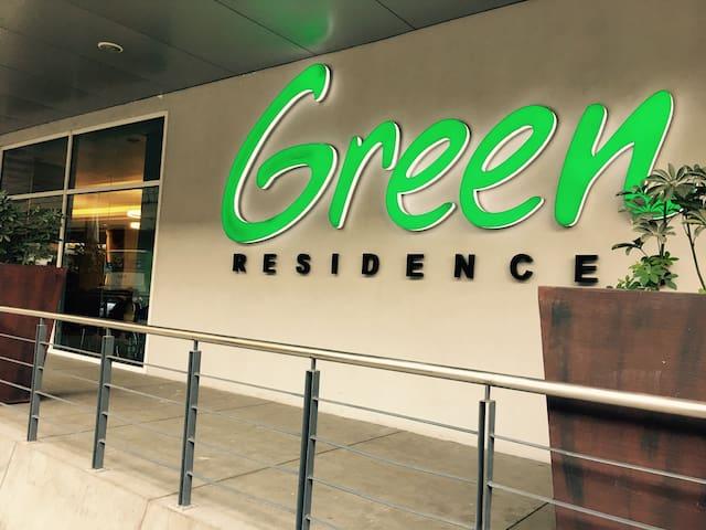 Hotel-feel for less: SMDC Green Residences - Manila - Lyxvåning