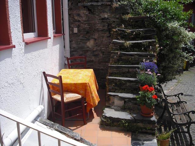 Charmantes Haus im Mittelrheintal - Kaub - House