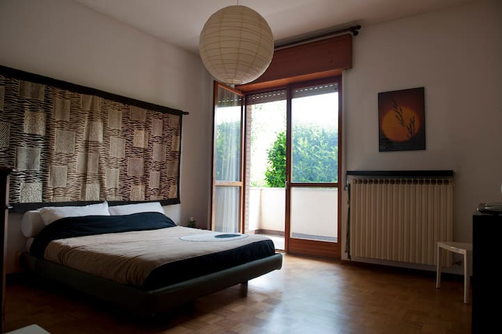 Cozy private room - Gallarate - Casa