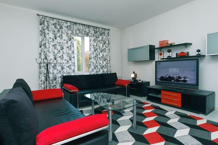 Apartment near Kreshatyk, Shovkovychna Street, 7А