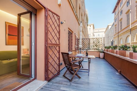 Rinascimento Terrace in Navona Area! 2PAX 1BDR - Rome
