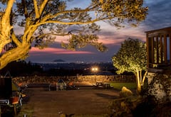 %E2%96%B6+Jeju+Noodle+%E2%97%80+Pension+No.+1+for+barbecuing+at+night+and+sunset