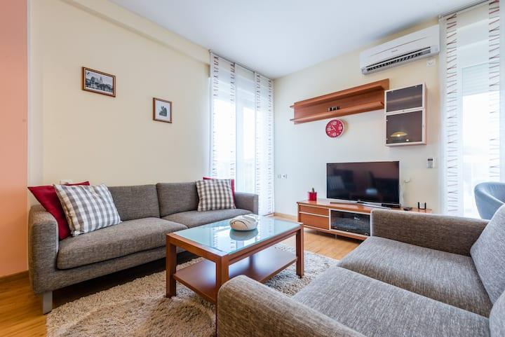 "Comfortable central apartment ""DEANA"""