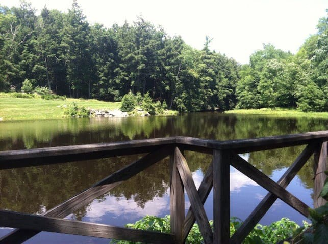 Secluded Dream Home - East Stroudsburg - Casa