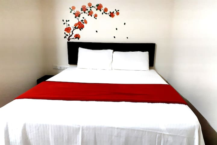 Budget Rooms with WiFi+ Amenities @ Bangalore