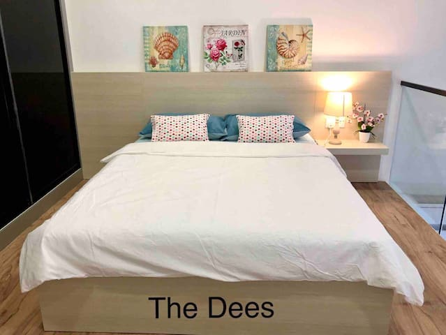 The Dees•Homely Duplex•100Mbps UniFi