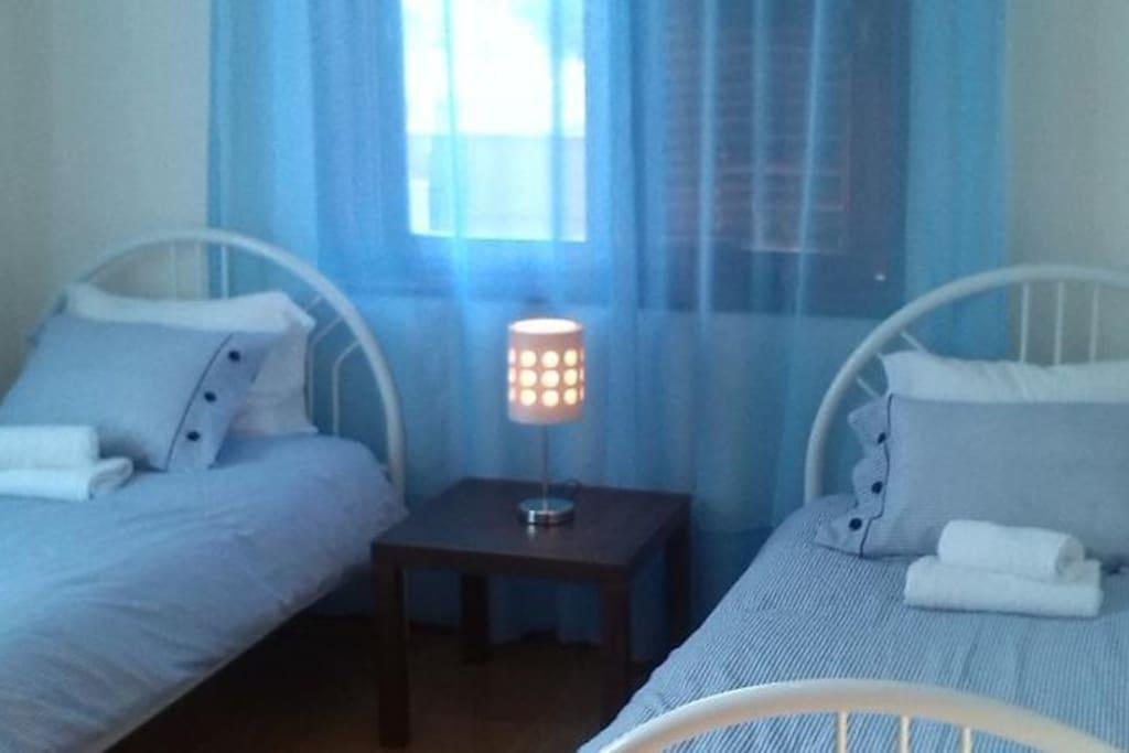 Quarto duas camas Vista mar