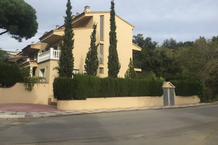 Casa Grande en Platja d'Aro al lado del mar
