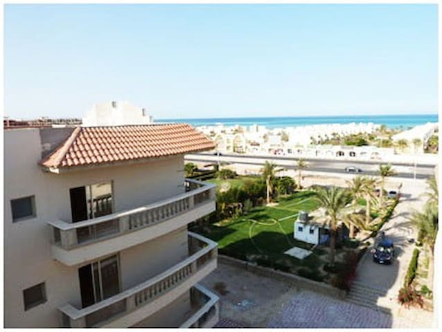 Apartment Nour Plaza Hurghada with private beach