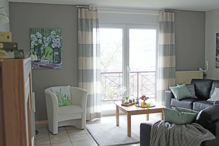 Moderne, helle Wohnung in Winzerort