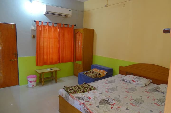 Deluxe Room with Air Conditioning