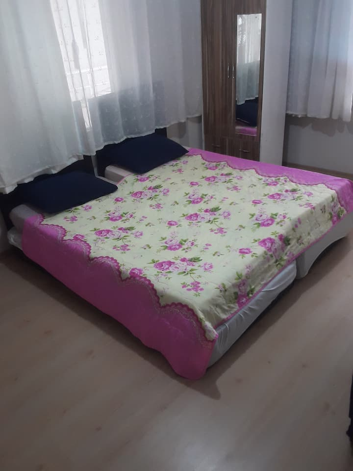 Cozy room in the center of Alanya.