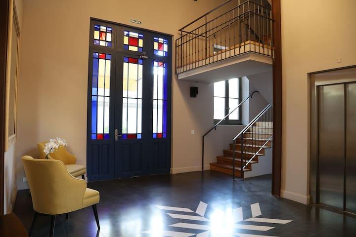 Cozy 2 bedroom few blocks away from Plaza Serrano