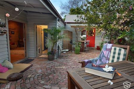 Beautiful Studio in Queen St City - Bendigo - Domek gościnny