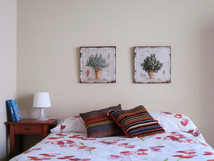 Private double room with garden