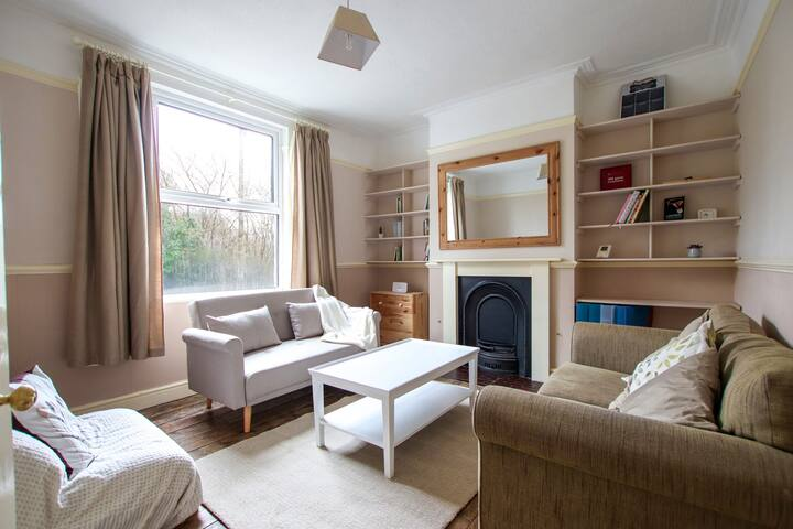 Spacious Totterdown home near Temple Meads&Centre