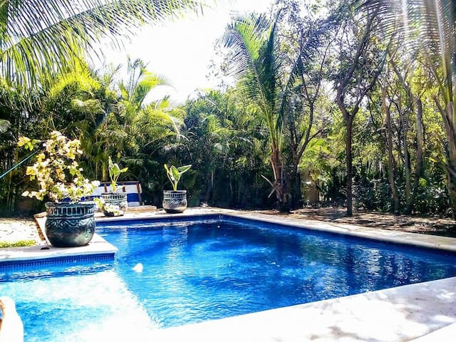Breakfast, Pool and Nature in a Lovely B&B