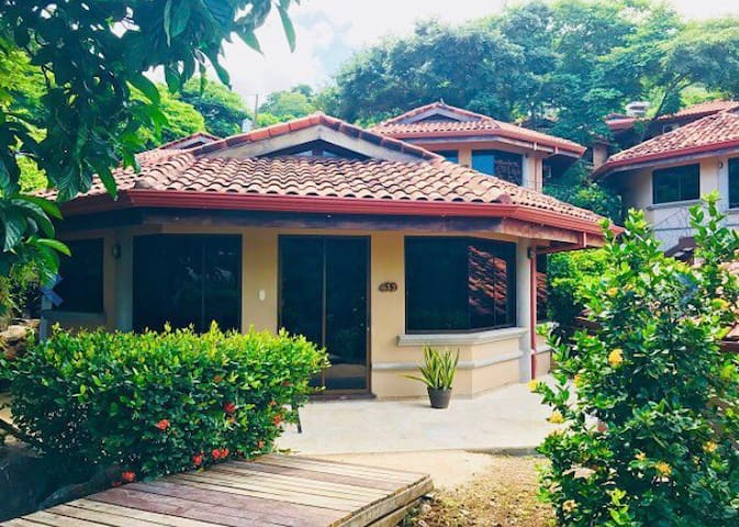 Your own private Villa in Playa Hermosa