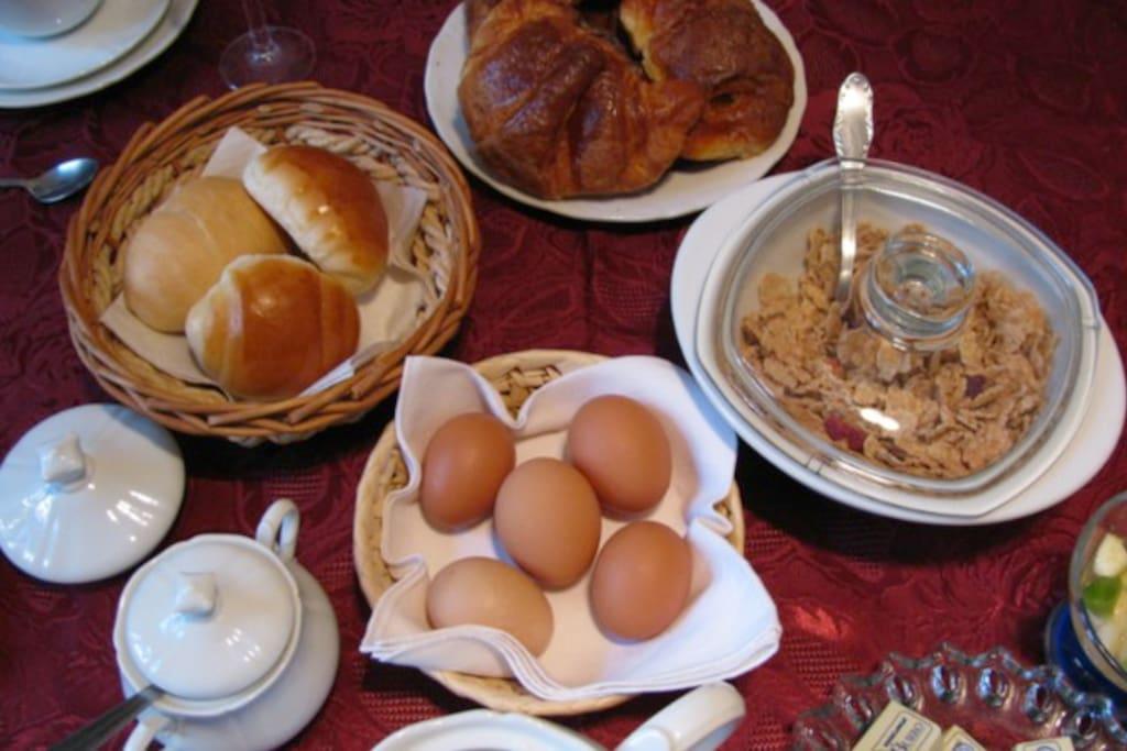 Morning breakfast (included)