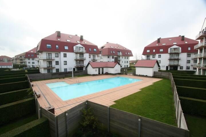 Gezellige studio met prive zwembad 300m strand - Middelkerke - Appartement