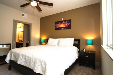 5 Min From Disneyland 900 SQFT Luxury! - 848 - Apartment