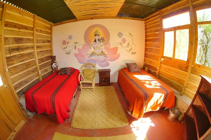 Casa Lotus 1 - Doron Yoga & Zen Center, Tzununa