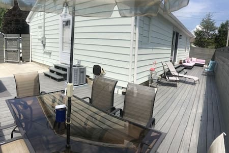 Lake Erie Vacation Home-just mins.to Cedar Point!