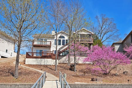 Luxurios Lake Ozark Home - Lake Ozark