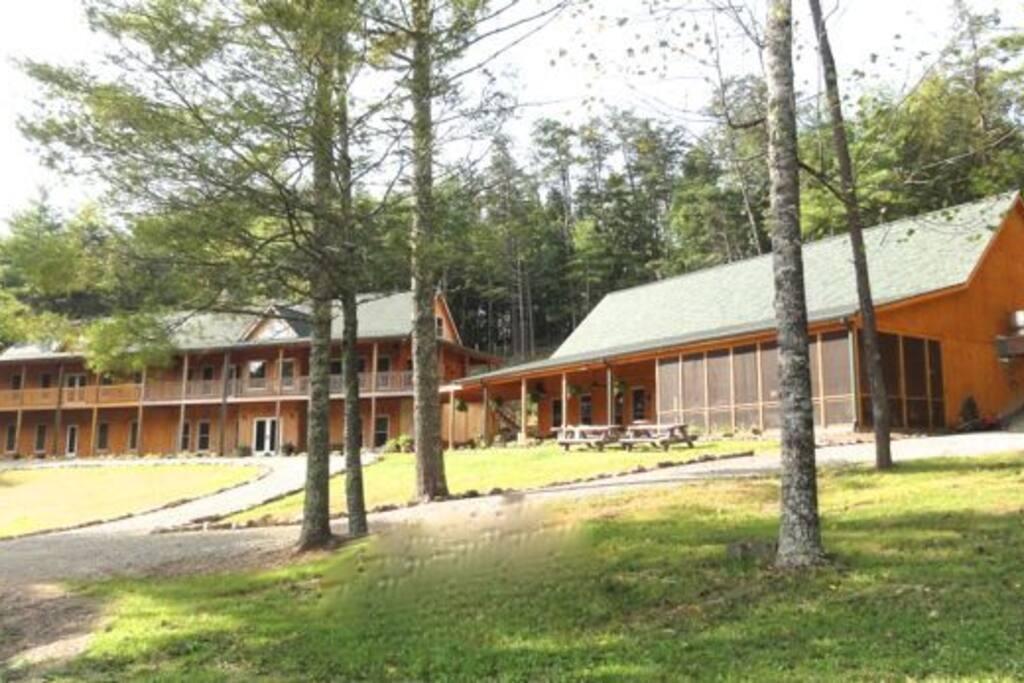 Lodge and Pub