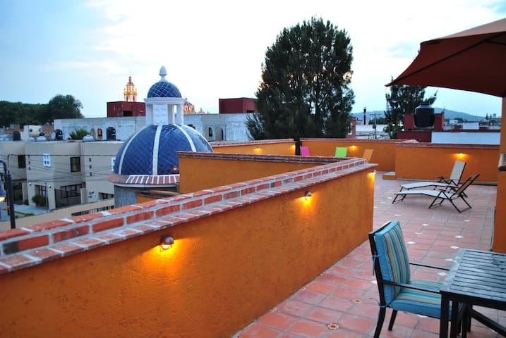 Rooftop Retreat ~ Mansion in Cholula, Puebla!