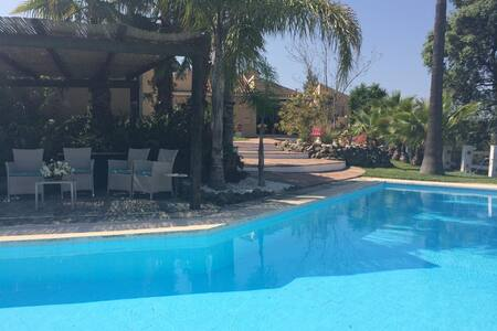 Finca San Bernadino -up to 8 people - Alhaurín el Grande - Hus
