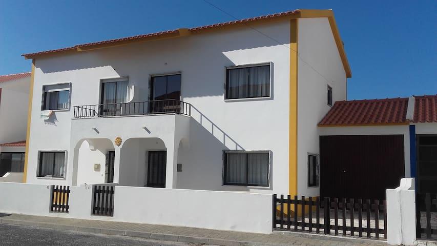 Sun House Baleal