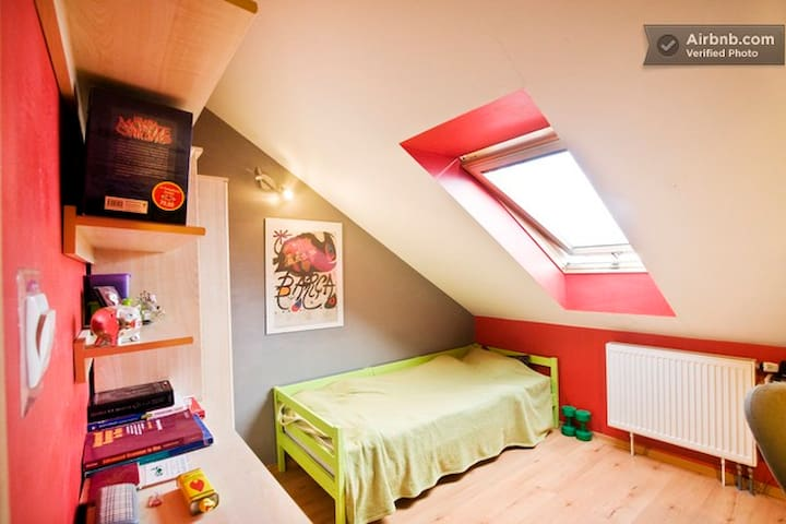 This is a room for rent - now here is a double bed inside