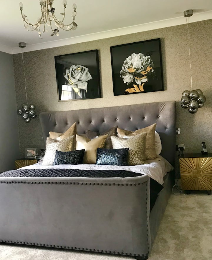 Luxurious 6 bed detached home near City Centre