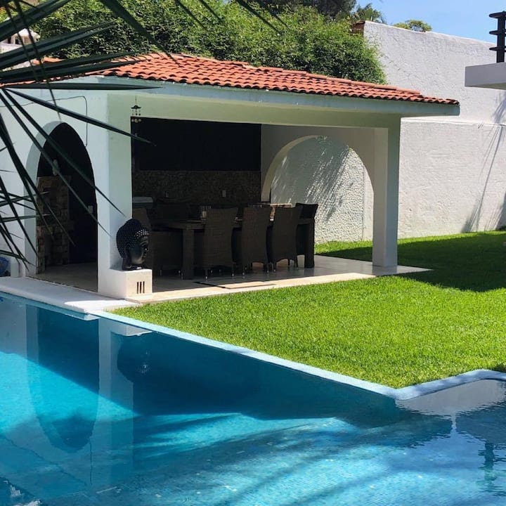 Hermosa casa en vista hermosa