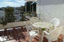 sonniges Studio mit Terrasse
