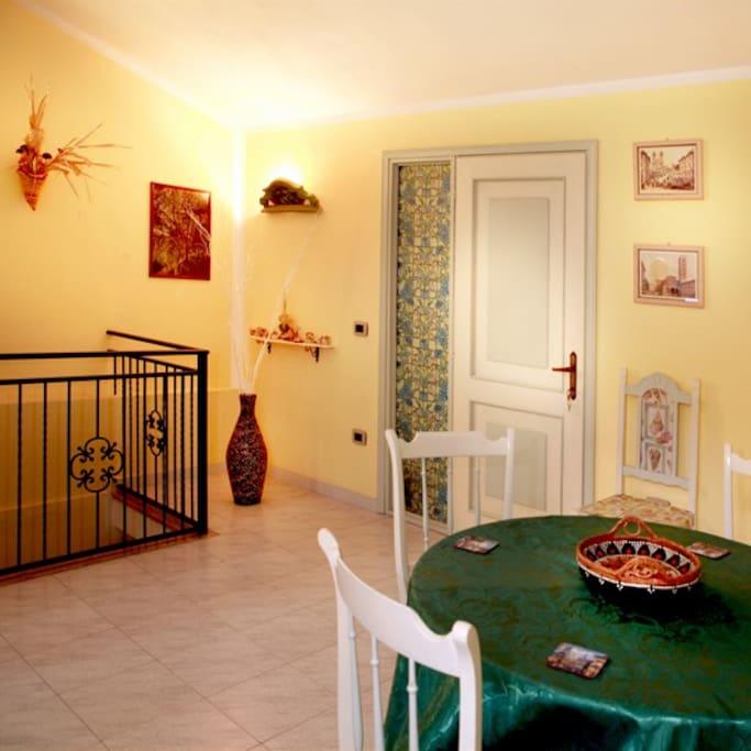 sala comune/colazione al secondo piano