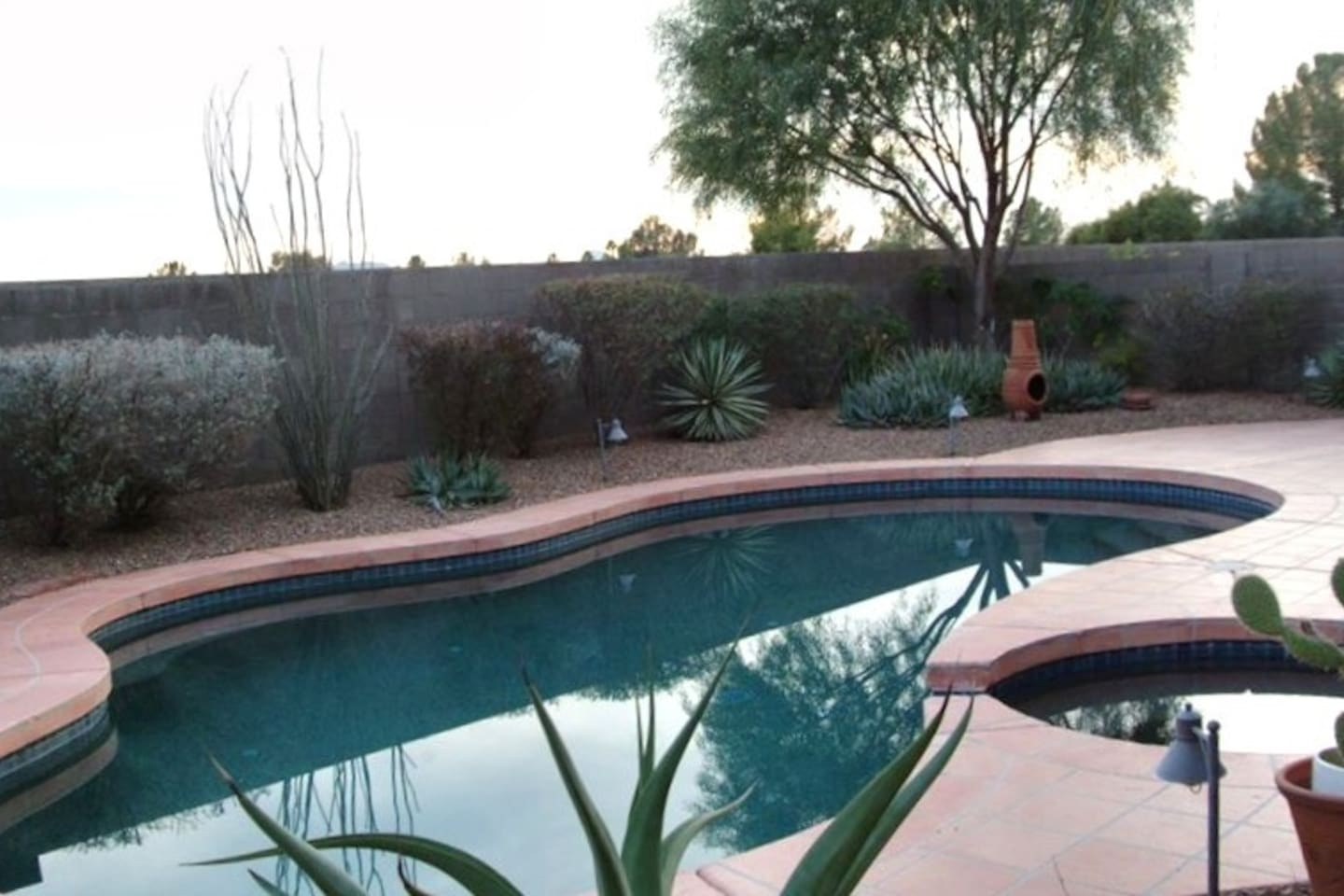 Private pool and spa---no neighbors behind!